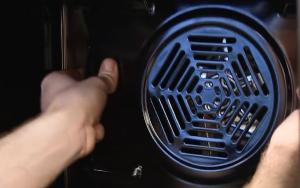 cómo cambiar el motor del ventilador del horno 7 300x188 Cómo cambiar el motor del ventilador del horno