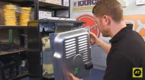 cómo cambiar la resistencia inferior del horno 300x166 Cómo cambiar la resistencia inferior del horno