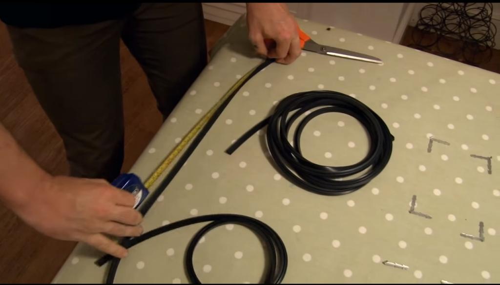 Reemplazar goma o junta horno Paso 4 1024x584 Reemplazar goma para horno (Horno esquinas rectas)