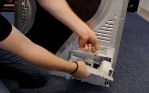 image 6 300x188 Cómo cambiar la bomba de condensador de una secadora beko