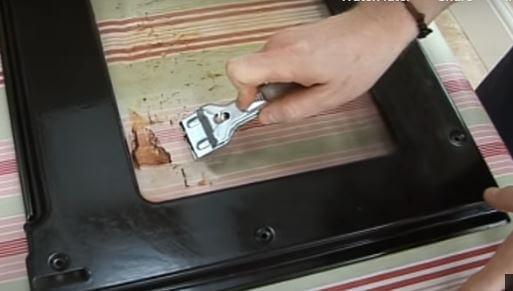 rascador Cómo quitar y cambiar la puerta del horno